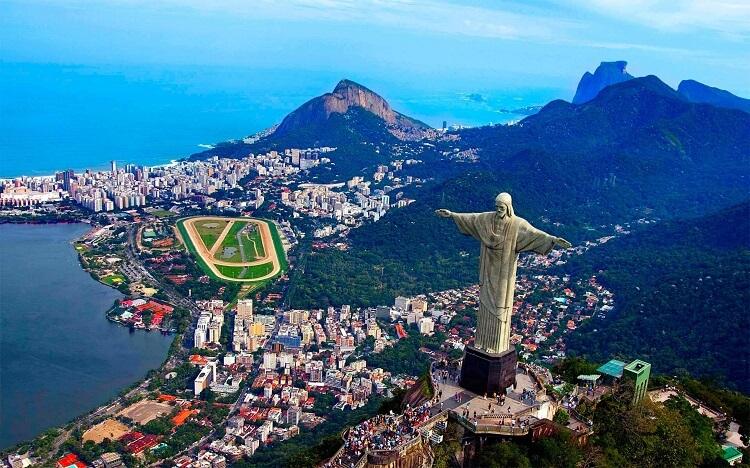 Brezilya da vizesiz gidilen ve en çok turist çeken ülkeler arasında.